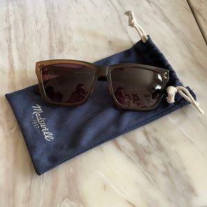 Madewell Dark Gray Sunglasses